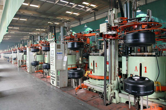 Fig97-Tyre curing-presses-room-570pxH