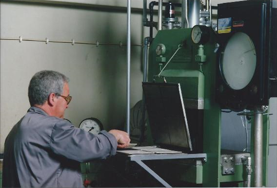 Prensa Laboratório-DAP-1992